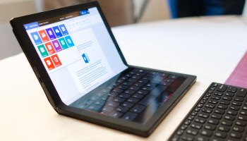 Lenovo ThinkPad X1 Fold y teclado virtual
