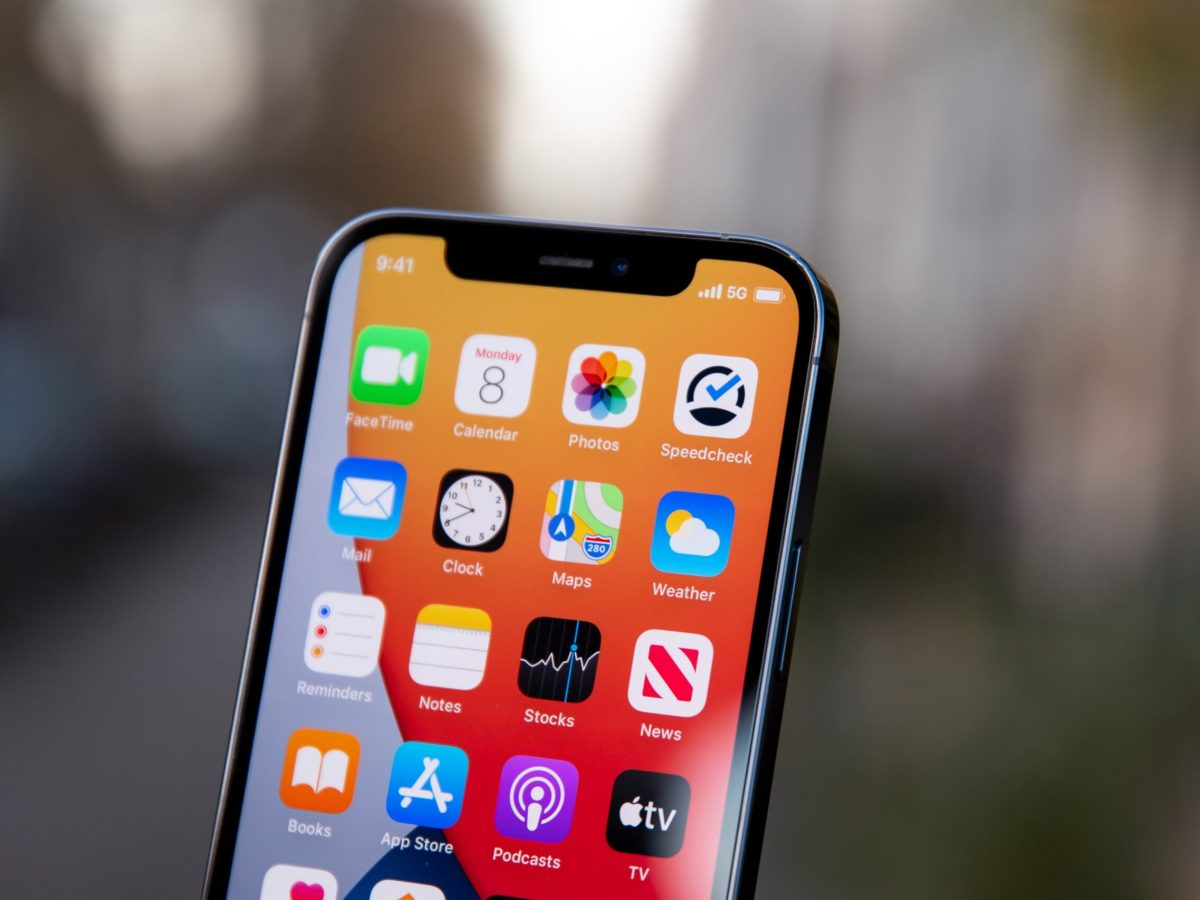 iPhone 12 notch iPhone 13