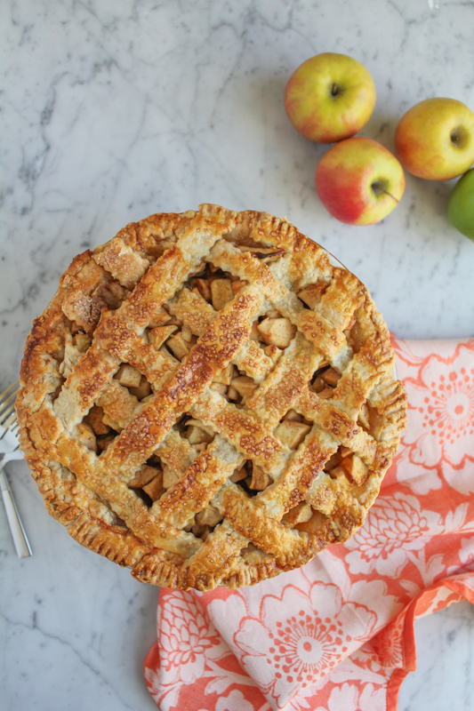 Lattice Top Apple Pie_vert_ | HipFoodieMom.com