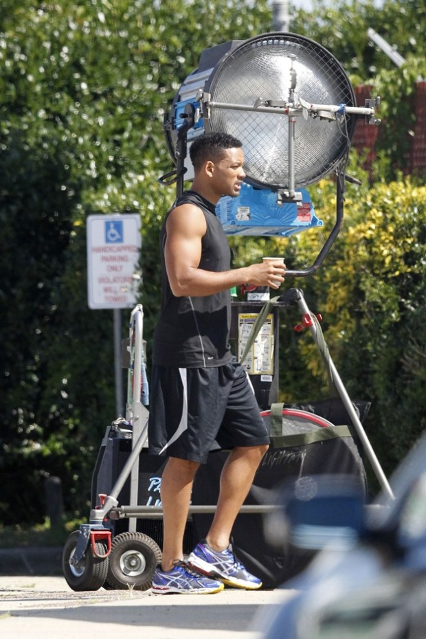 **FIRST ON SET PHOTOS!** Will Smith walks to the set of his new movie 'Focus' in New Orleans