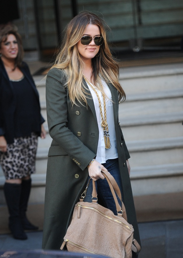 KhloÈ Kardashian seen arriving at her hotel in London