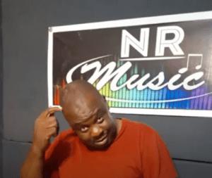 Mr Post - Papa Xinyenyani (Beef to Benny Mayengani)