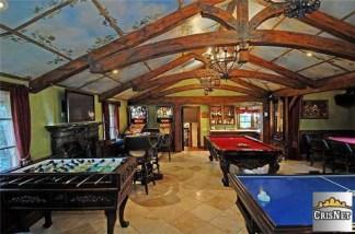 Drake game room