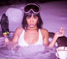 Rihanna Celebrates Her Birthday Dressed In A Small Bikini In A Hot Tub In The Snow