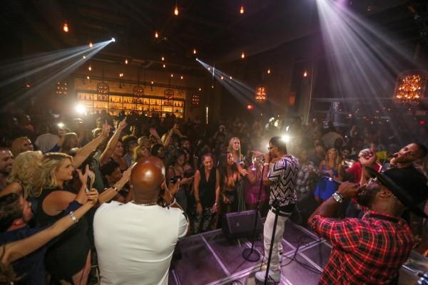 Jamie Foxx Partying at SLS Las Vegas