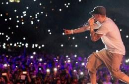 Marc Labelle, membre du staff de Shady Records précise que l'album d'Eminem sortira bientôt.