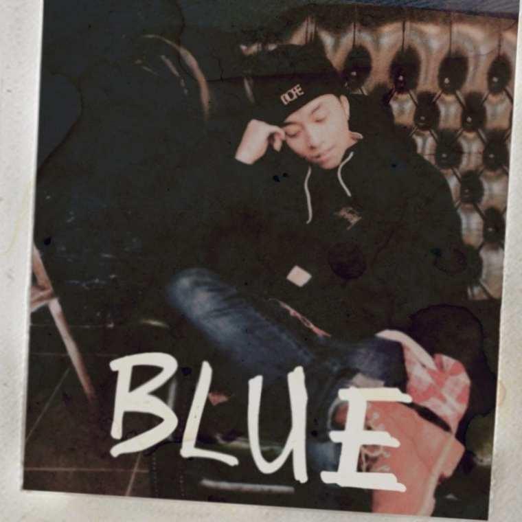 Molly.D - BLUE (album cover)