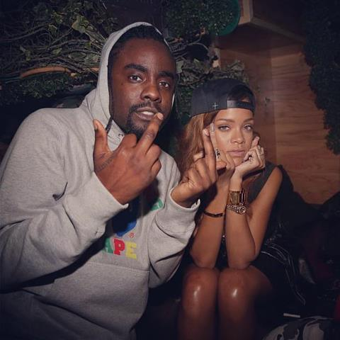 Wale - Bad (Remix) Ft. Rihanna (Snippet) + Tiara Thomas - Bad (Original Without Wale)