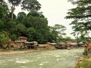 Bukit-Lawang-Sumatra-Indonesie