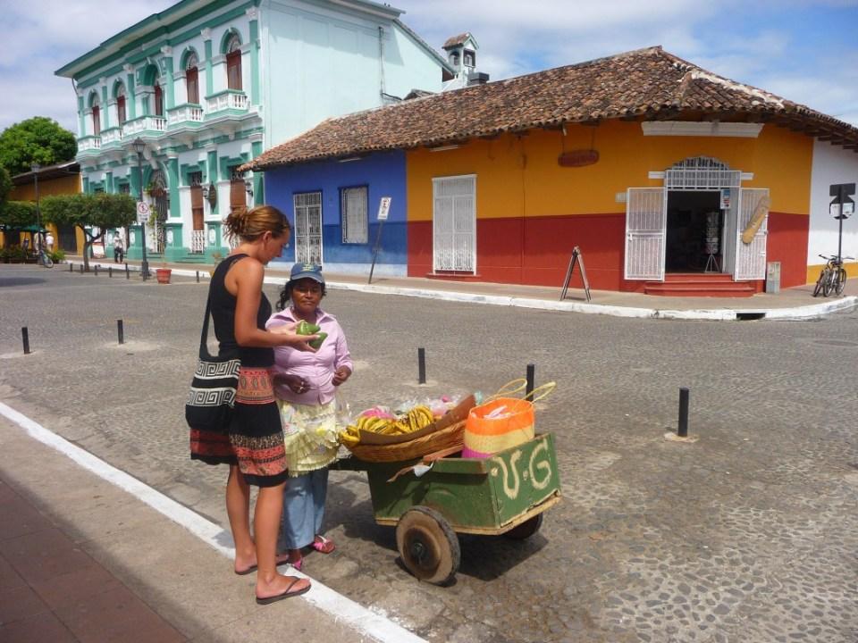 Fruit-kopen-Granada-Nicaragua