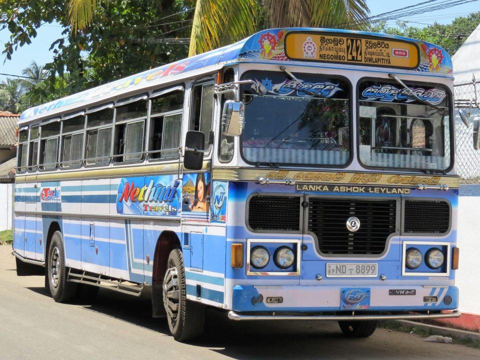 reizen met de bus in Sri Lanka