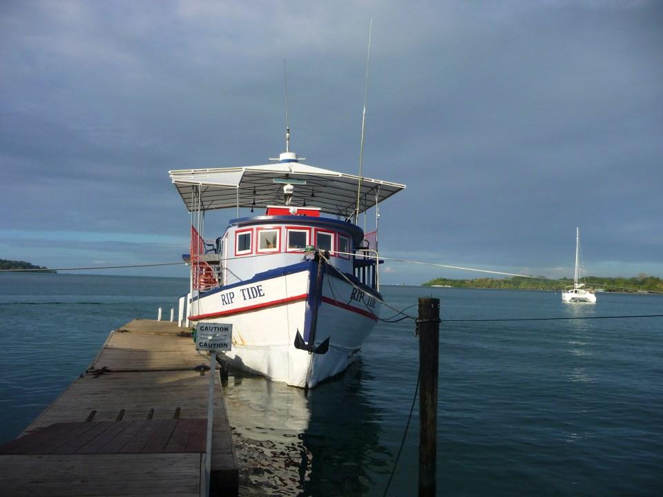 Bar Rip Tide op Bocas del Toro Panama