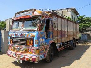 transport vrachtwagen Jaffna Sri Lanka