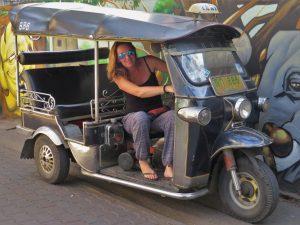 tuktuk huren in zuidoost azie
