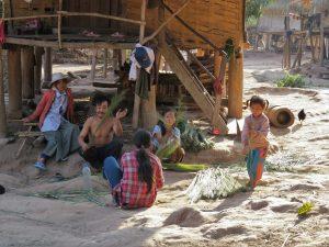 Khmu dorp Nam Ha NP Laos