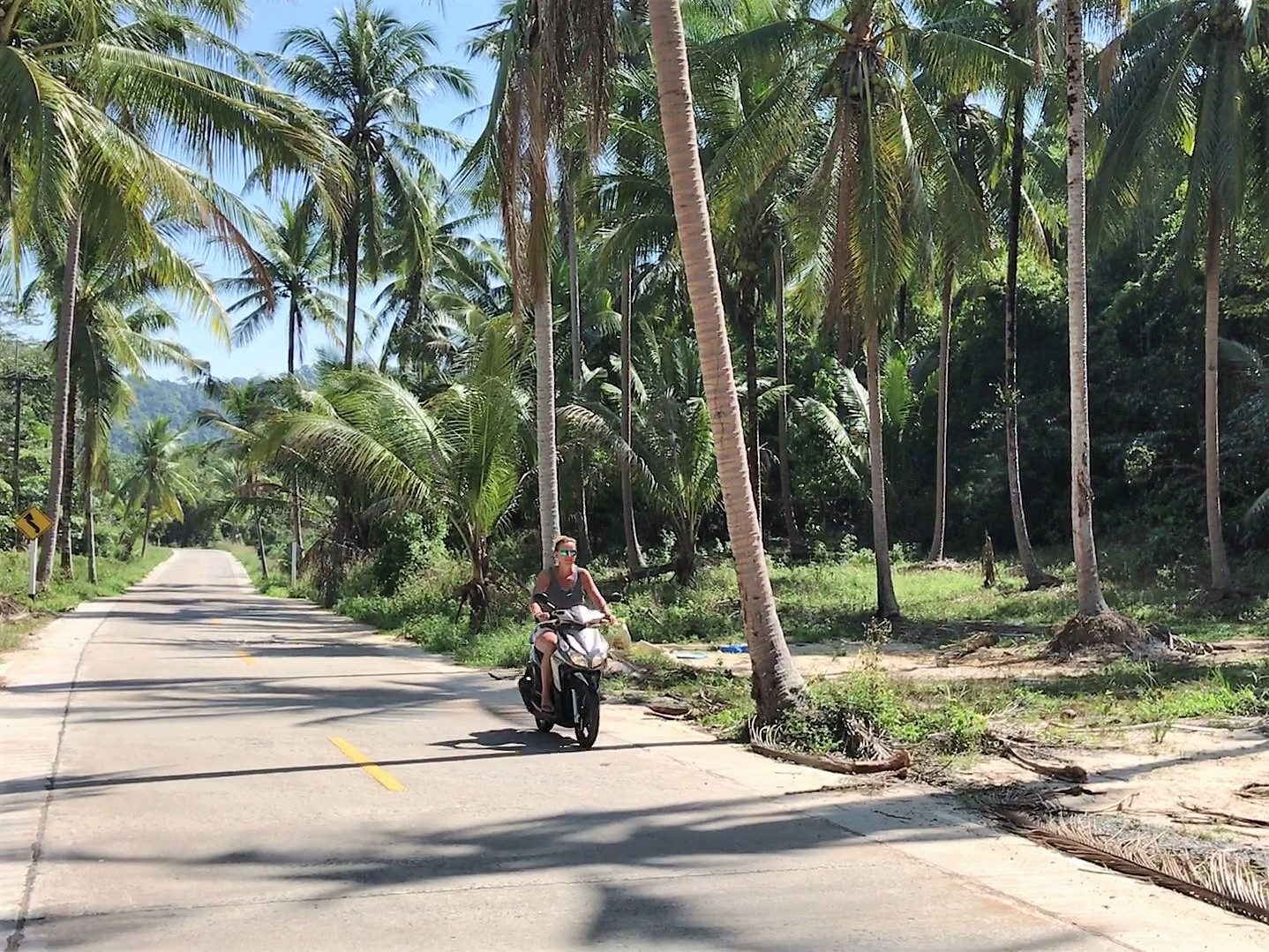 scooter Koh Kood Thailand