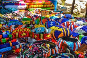 Charlie's Travels Maasai market - Foto Caro Cools