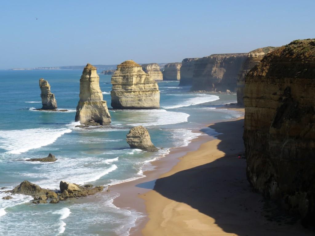 Twelve-Apostles-Great-Ocean-Road