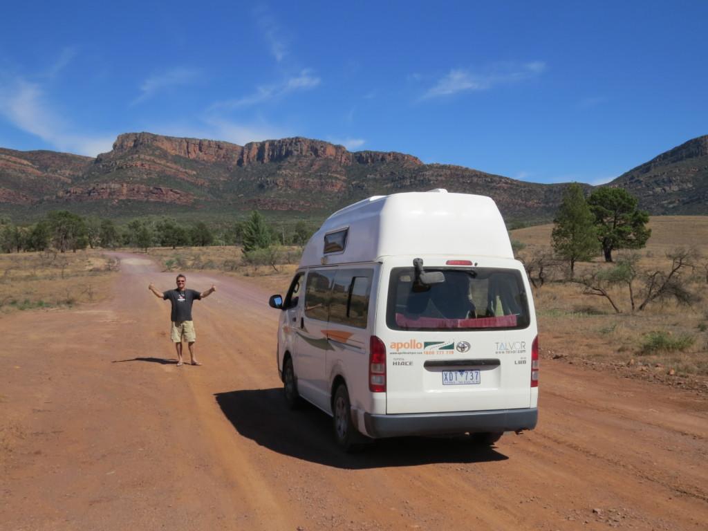Camper door Australië