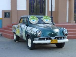 Rare-auto-in-Salento-Colombia