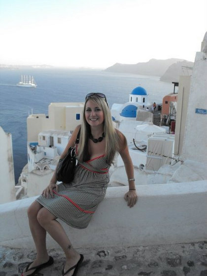 packing tips from flirting with the globe santorini