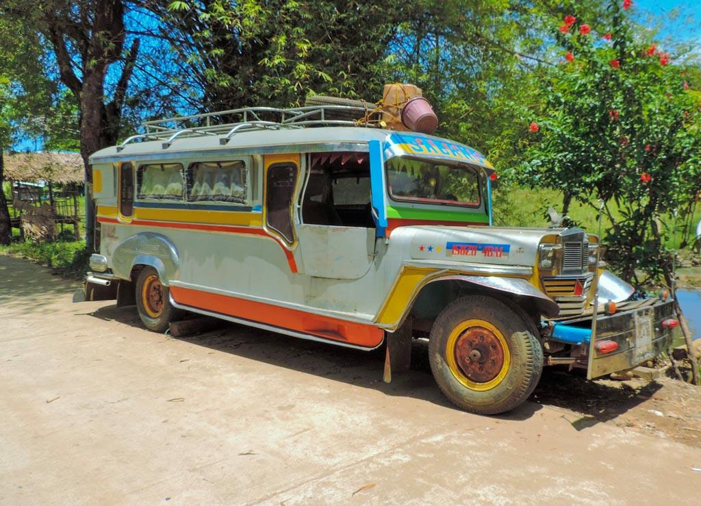 Fancy Jeepney, a cheap method of transportation at Sabang and a good enough reason to visit palawan