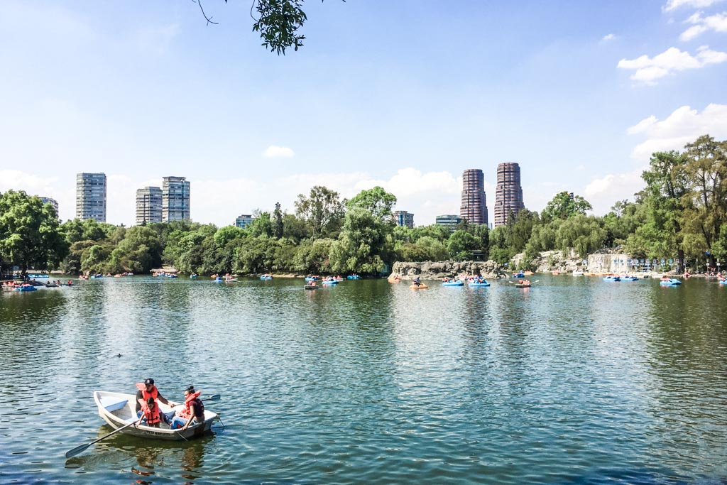 chapultepec park mexico city neighborhood guide