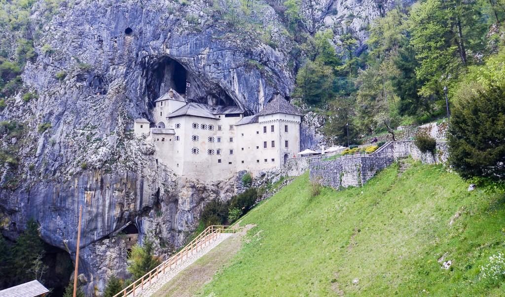 Tips on Visiting Fairytale Predjama Castle