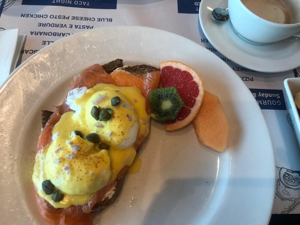Eggspectation cafe