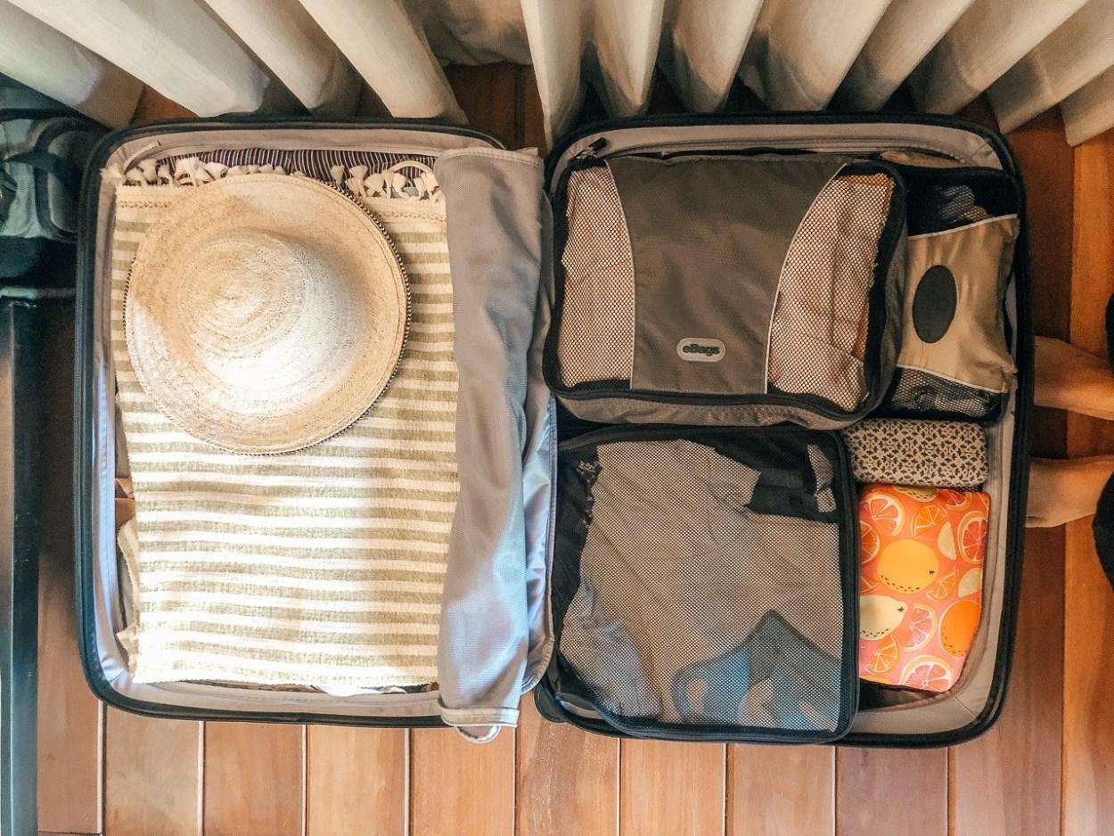 A Comprehensive + Stylish Panama Packing List