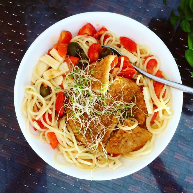 My famous spaghetti with chikn and raw veggies