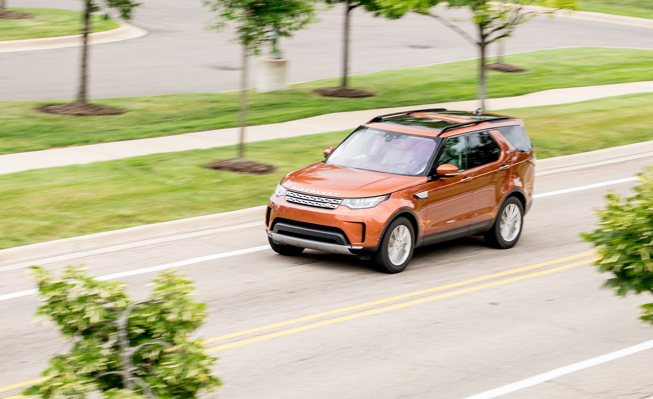 2017 Land Rover Discovery Td6 Diesel Test Review
