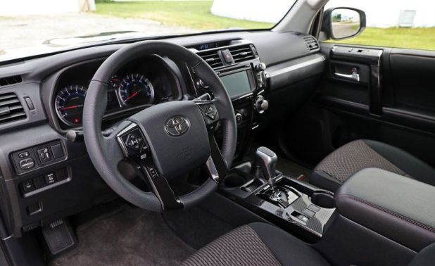 Toyota 4runner interior pics for Interior 4runner 2017