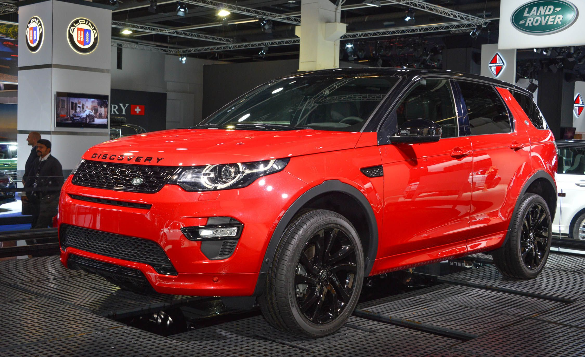 2016 Land Rover Discovery Sport Gallery