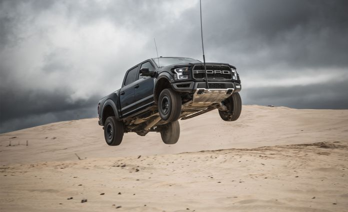 2017 Ford F-150 Raptor – In-Depth Review
