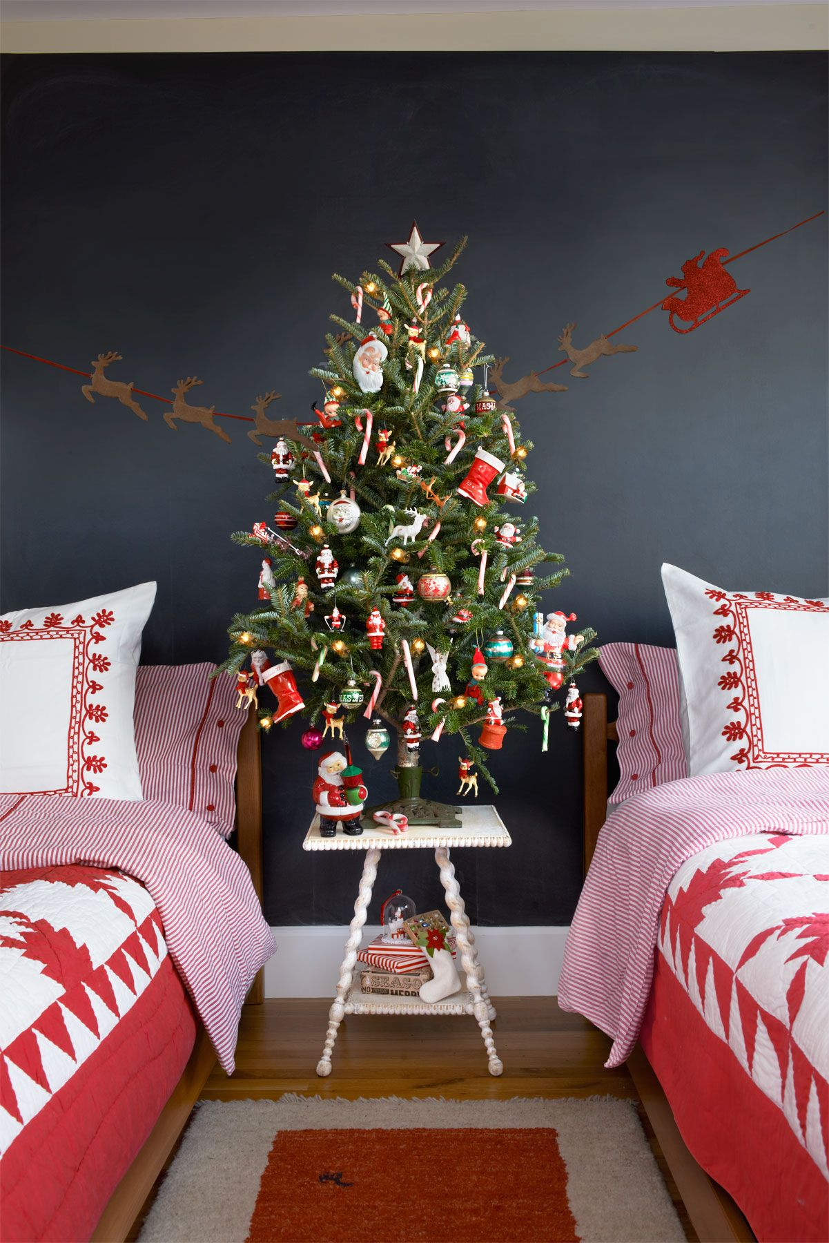37 Best Small Christmas Trees Ideas For Decorating Mini Christmas Trees