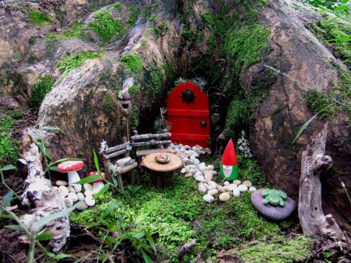 Fairy Garden Ideas: Tree house