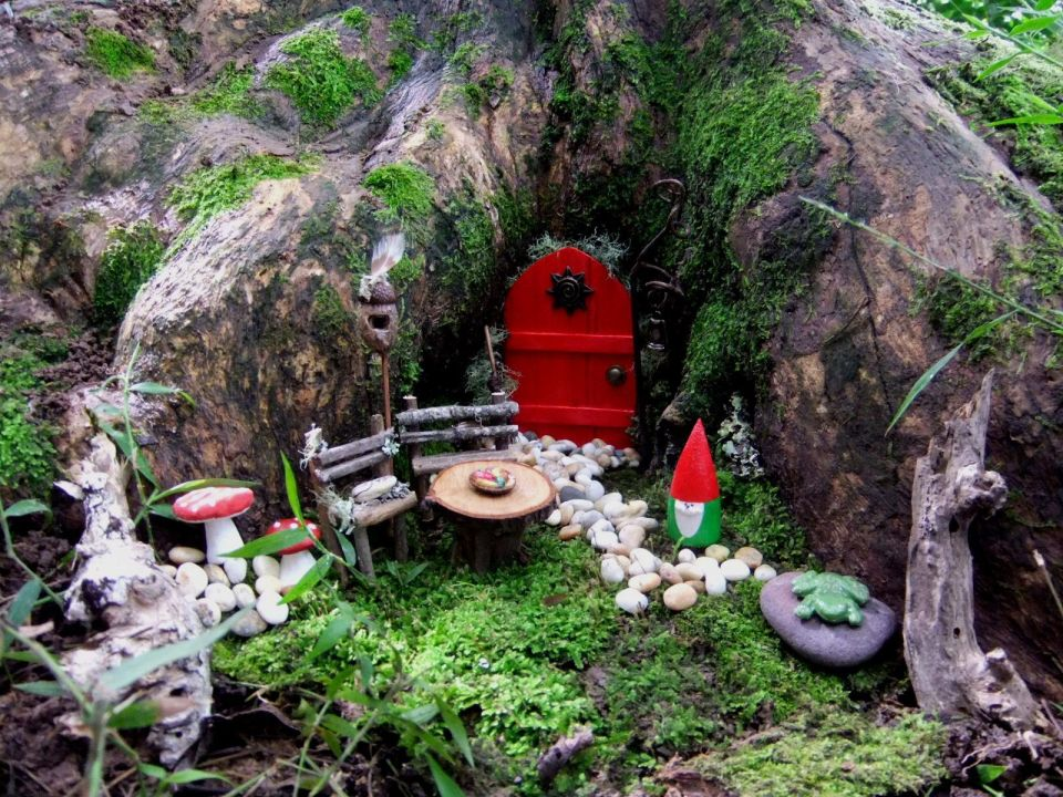 Fairy Garden Ideas: Tree house