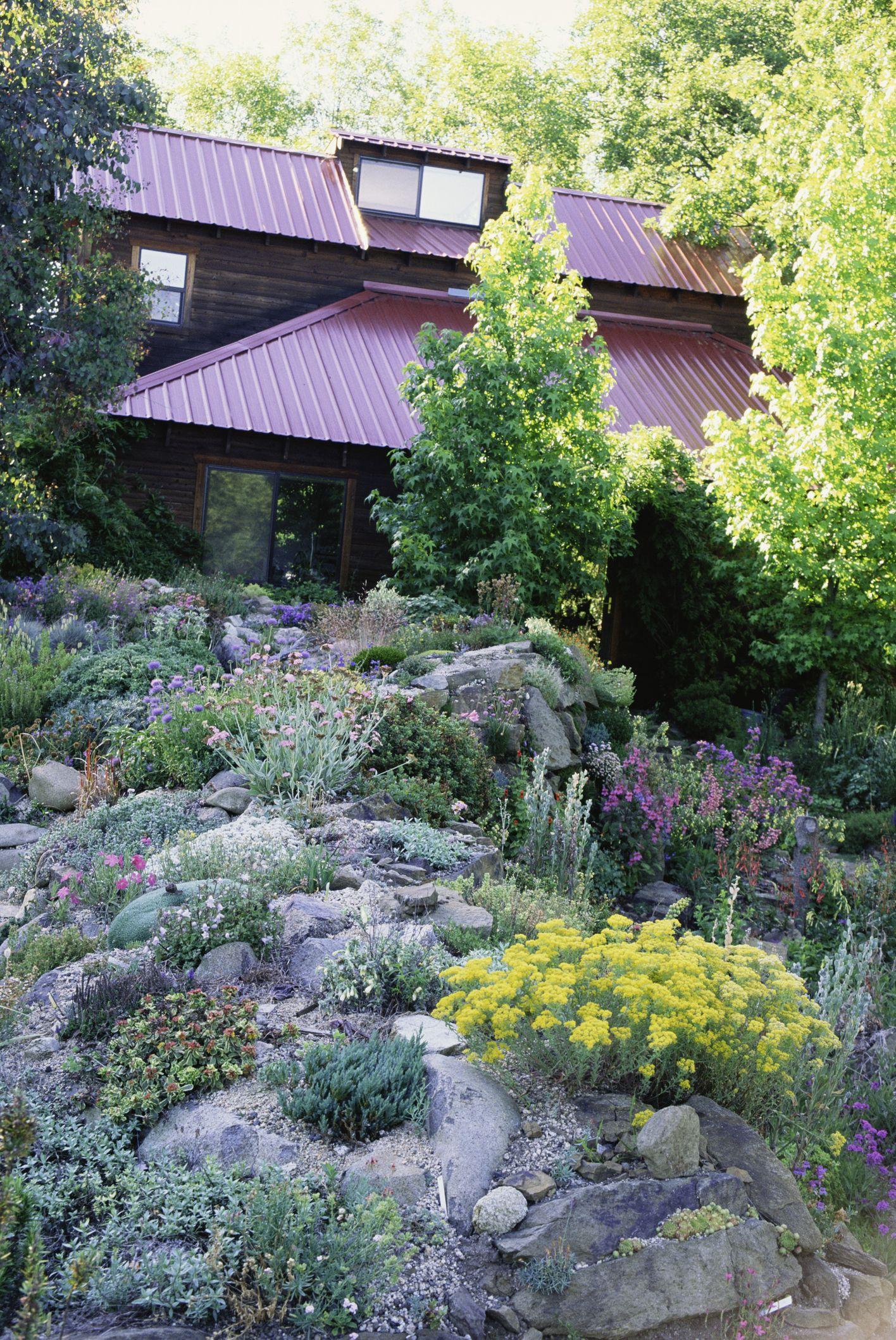6 Best Rock Garden Ideas - Yard Landscaping with Rocks on Backyard Rock Designs id=39950