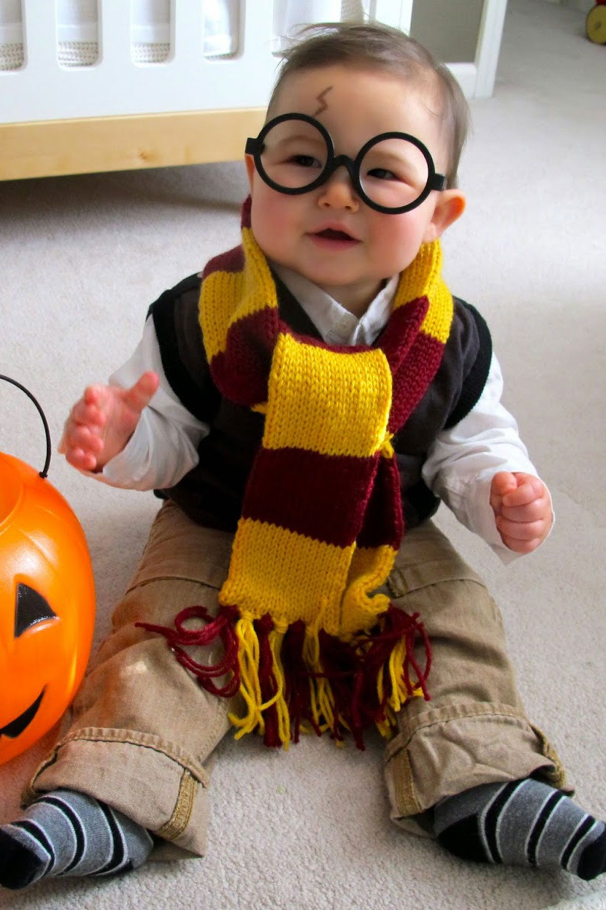 Do you ever feel that halloween creeps up on you or that you're never actually ready when the day arrives? 85 Homemade Halloween Costumes For Kids Easy Diy Kids Halloween Costume Ideas 2021