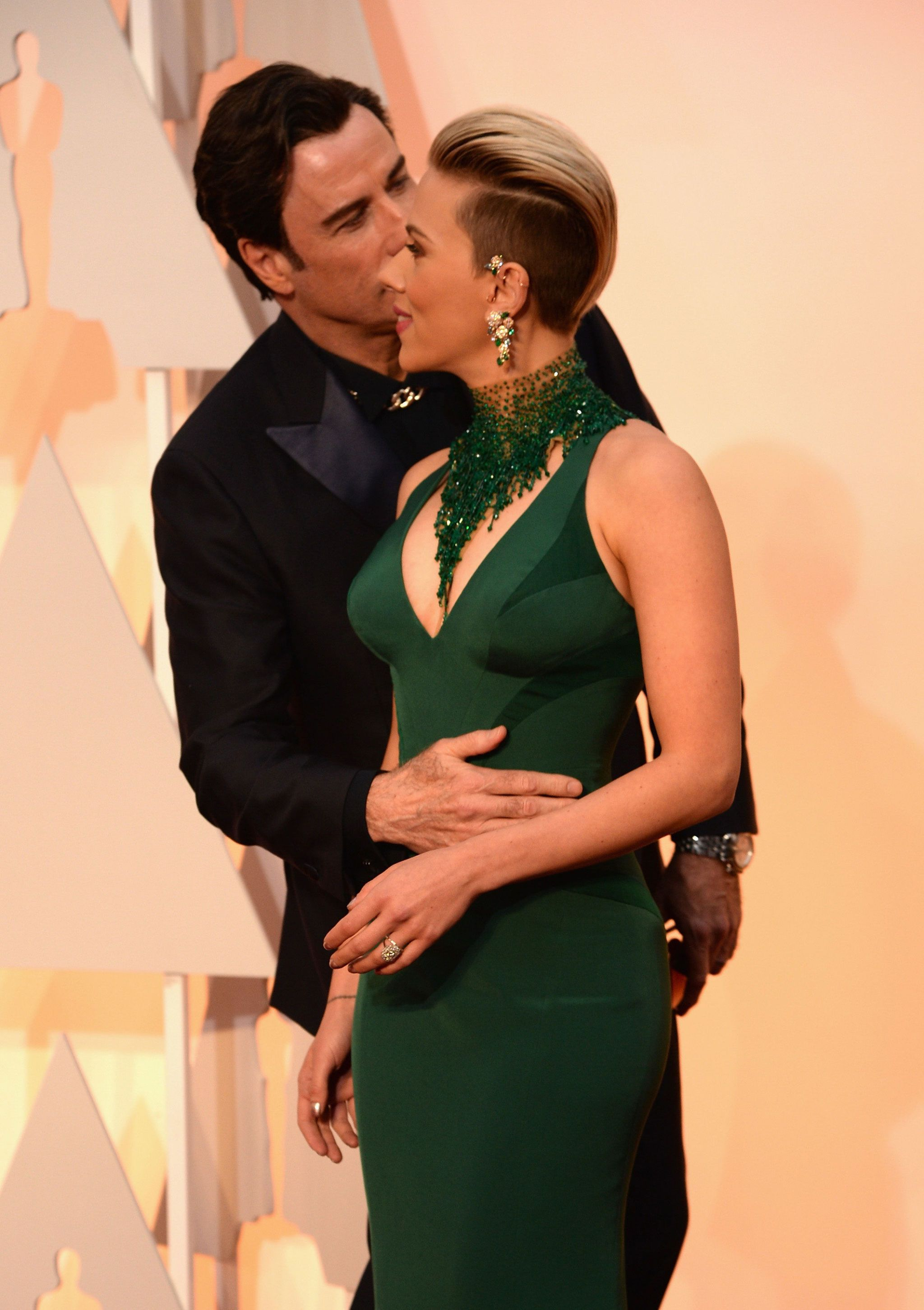 FINALLY Scarlett Johansson explains WTF John Travolta was doing