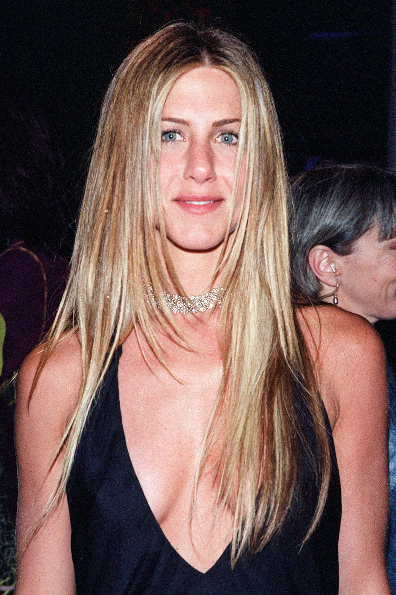 Jennifer Anistons Best Hairstyles Of All Time 40