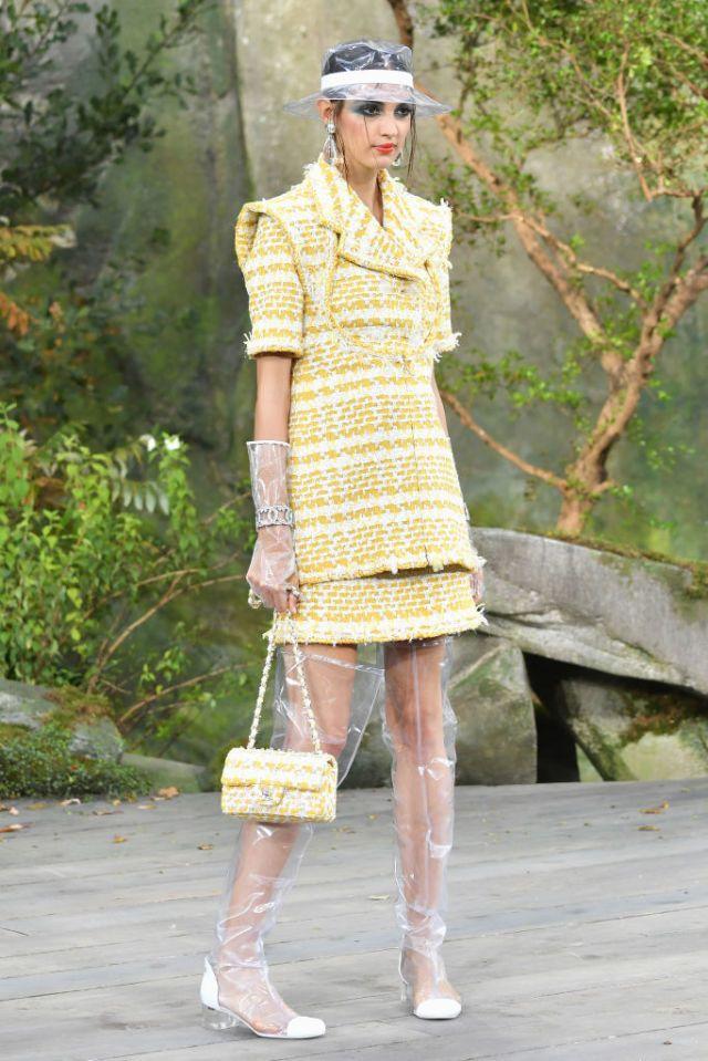 Chanel runway at Paris Fashion Week | ELLE UK