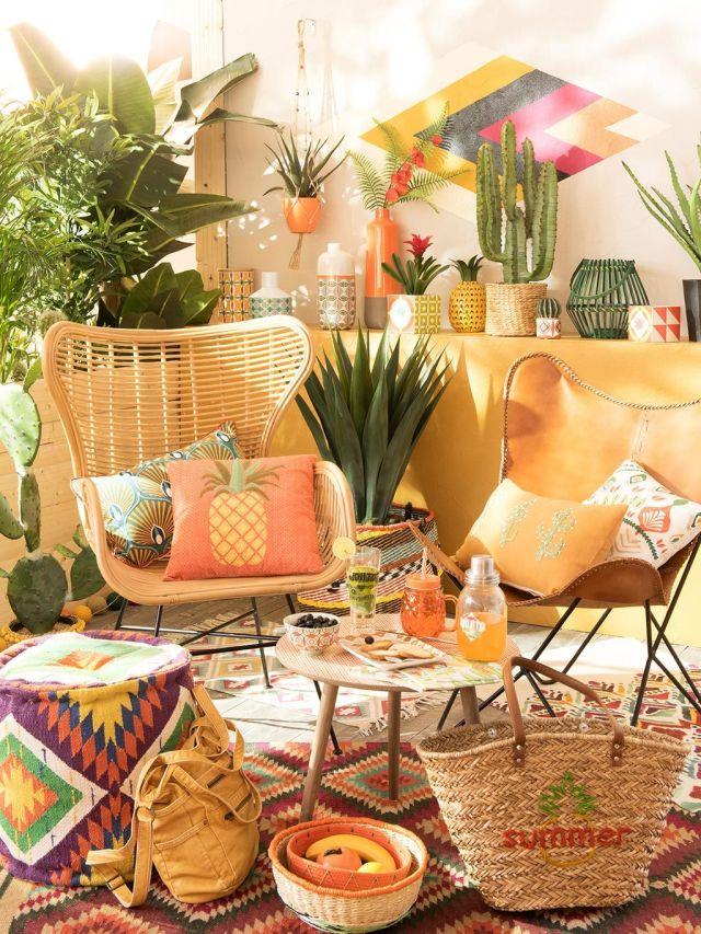 patio con rincón chill out con butacas