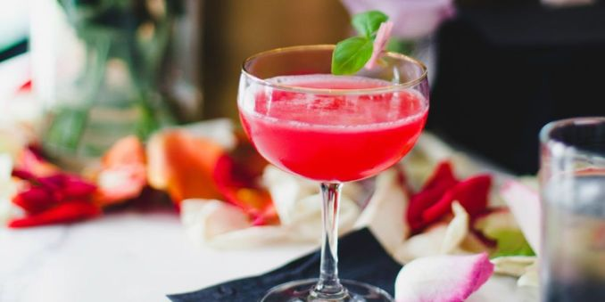 Cosmopolitan - Drink Recipe – How to Make the Perfect