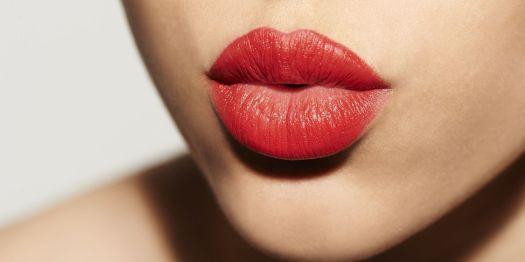 Risultati immagini per bacio