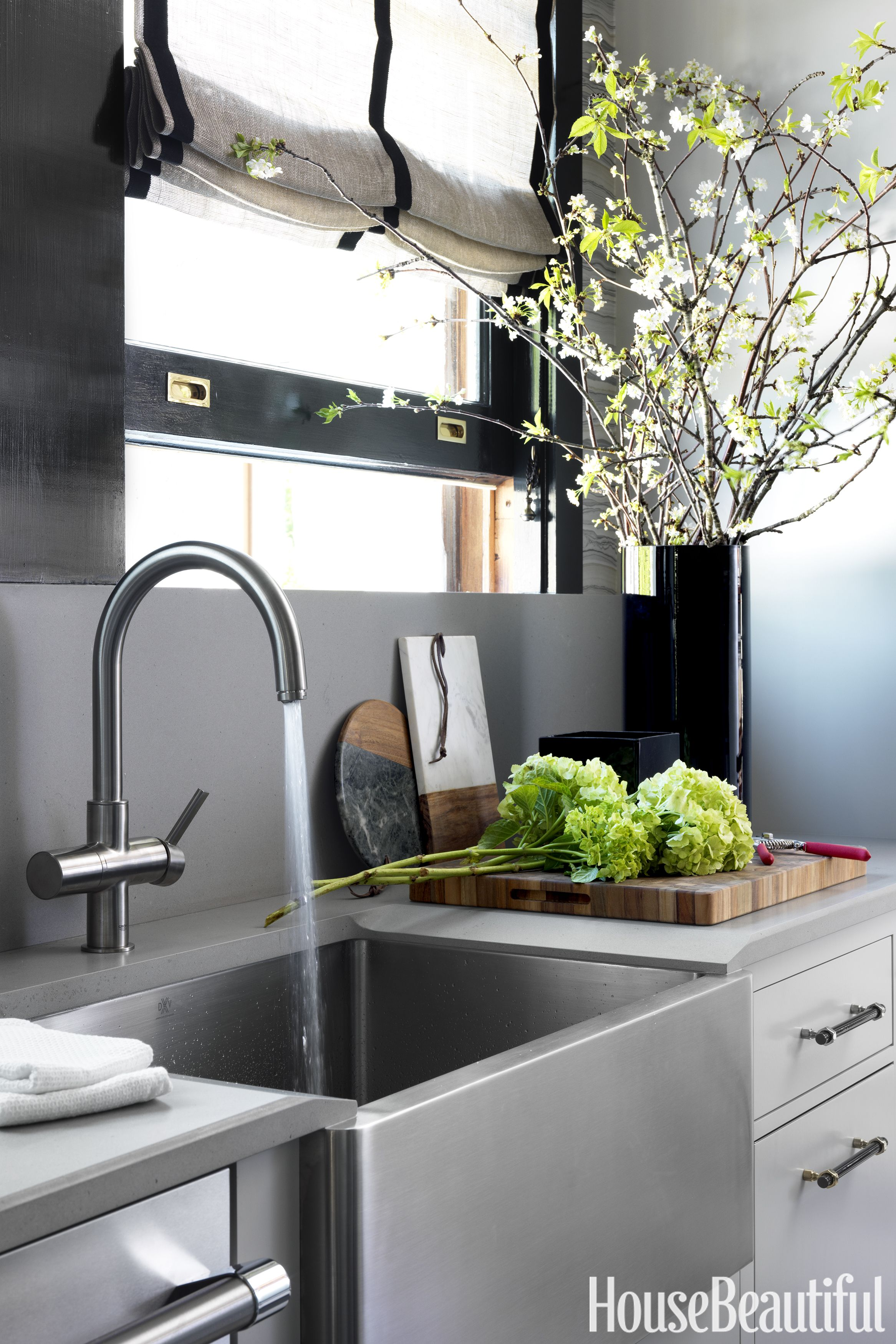 30 Best Kitchen Countertops Design Ideas - Types of ... on How To Decorate A Kitchen Counter  id=88709
