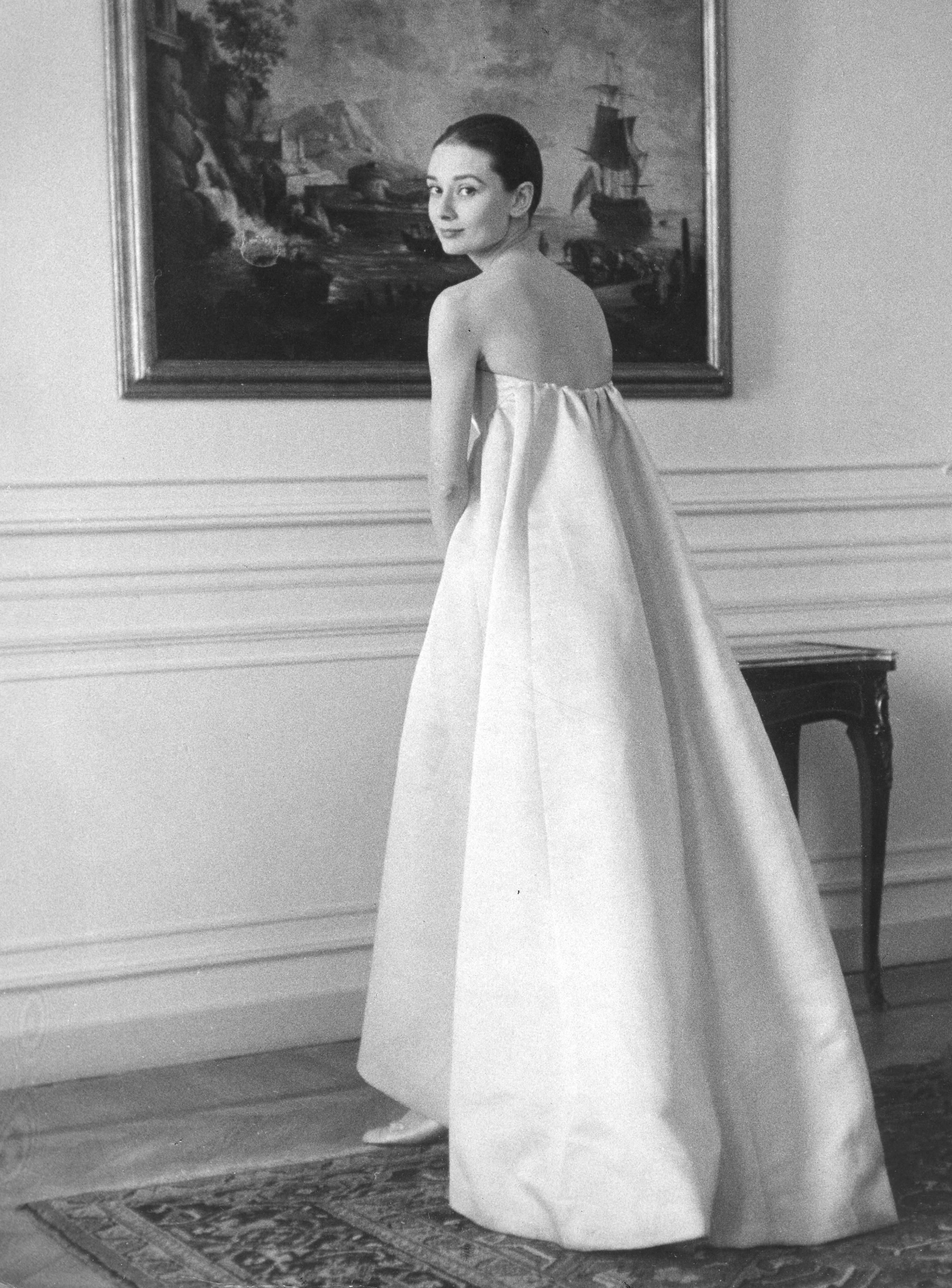 f57mb5 audrey hepburn  1929 1993 british film actress at the givenchy studio about 1957 image shot 1957 exact date unknown