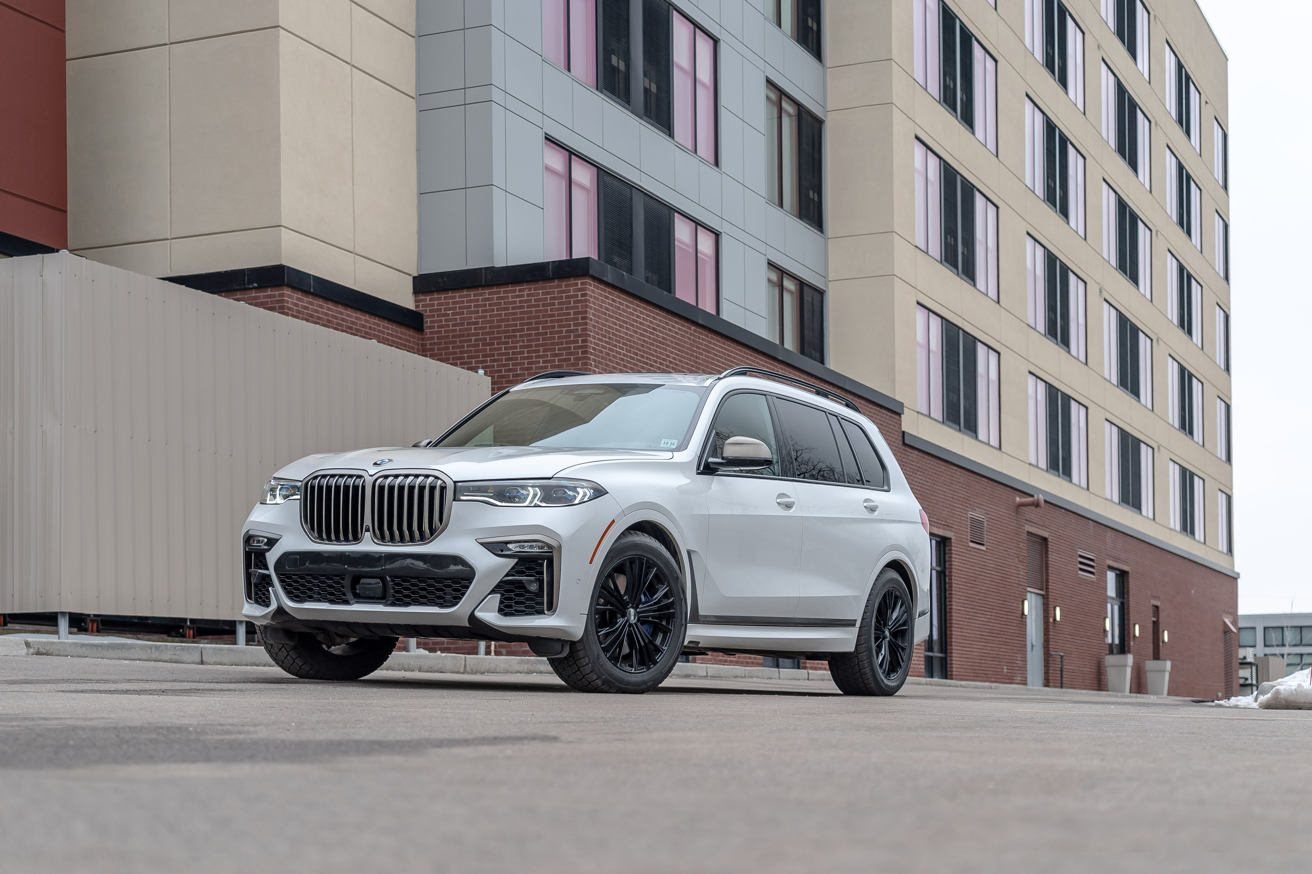 2020 BMW X7 Review, Pricing, and Specs