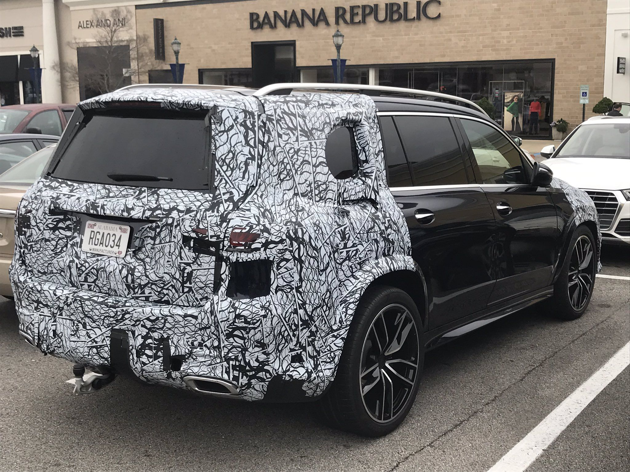 2020 Mercedes Benz GLS Class Redesigned Large SUV Spied